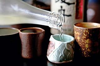 Người Nhật coi uống rượu là một việc thú vị để xả stress