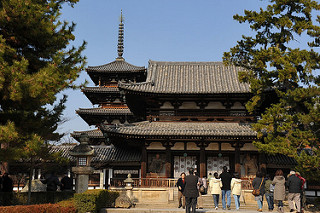 Nhật Bản cổ kính với quần thể kiến trúc Phật giáo chùa Horyuji
