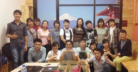 Hoạt động ngoại khóa: Gấp Origami cùng các thầy cô người Nhật
