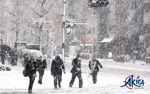 Điều kiện thời tiết là một yếu tố gây khó khăn trong việc du học Nhật tháng 1