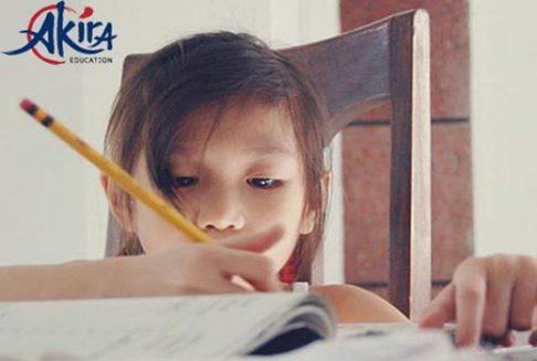 Phương pháp dạy con của người Nhật là dạy chữ sớm cho trẻ