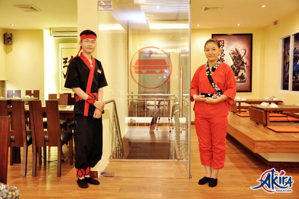 Câu giao tiếp tiếng Nhật cơ bản trong nhà hàng cho nhân viên