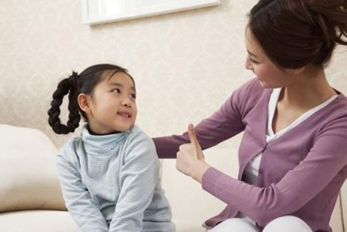 Phương pháp dạy con của người Nhật là khen ngợi con cái khi cần